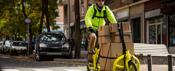 sustainable packaging being delivered